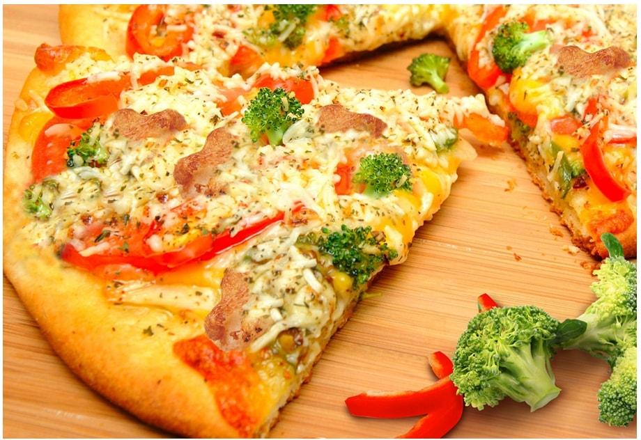 Chicken Broccoli Pizza